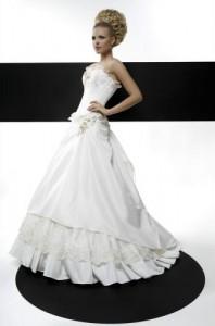 Миниатюра к статье Свадебные платья Татьяны Каплун