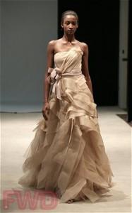 Свадебные платья сезона 2010