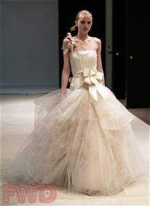 Фото свадебных платьев Веры Вонг