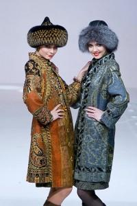 модные меховые шапки сезона осень зима 2010-2011 фото