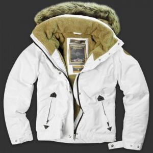 Миниатюра к статье Модные зимние куртки сезона зима 2010-2011