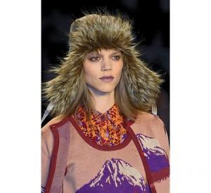модная меховая шапка фото