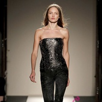 модное нижнее белье весна 2011