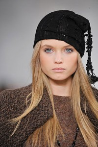 фото модной шапки сезона весна 2011