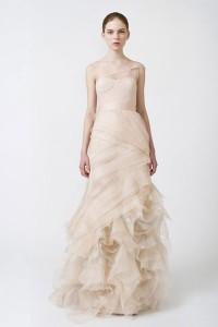 свадебное платье весна лето 2011