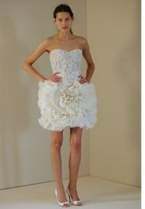 Миниатюра к статье Модные свадебные платья весна-лето 2011