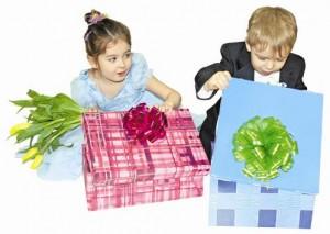 подарок ребенку на 8 марта