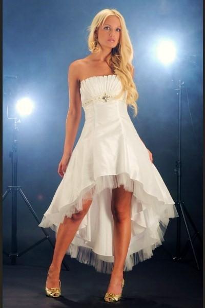 модные свадебные платья осень 2011