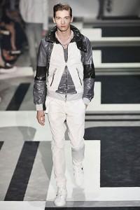 фото модной куртки осень 2011