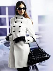 Миниатюра к статье Модные женские пальто осень 2011