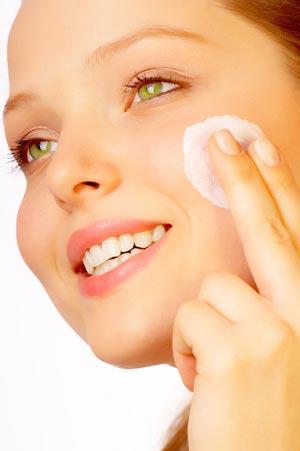 Миниатюра к статье Атравматическая чистка лица - идеальное омоложение для кожи