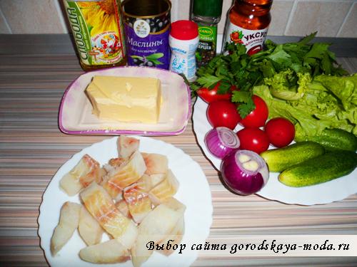 Миниатюра к статье Рыбный салат с овощами и маслинами