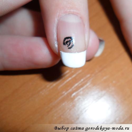 как нарисовать розу на ногтях самостоятельно