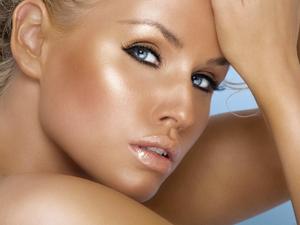 макияж с использованием хайлайтера