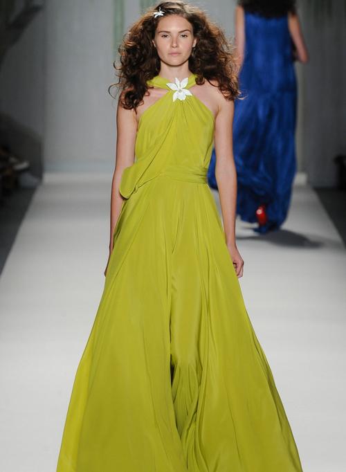Миниатюра к статье Желтые и зеленые платья с модных показов весна-лето 2014