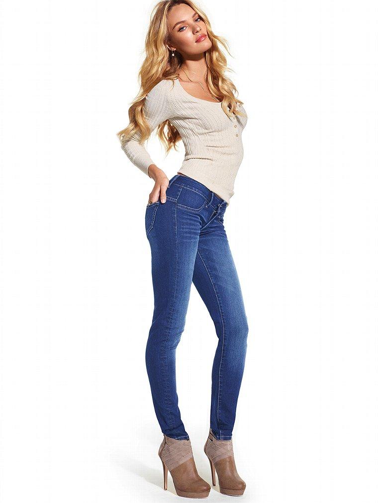 Миниатюра к статье Как правильно выбрать джинсы