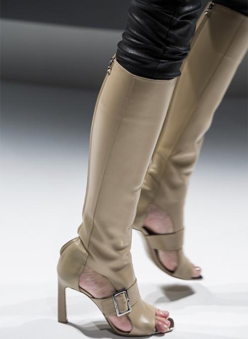Letnjaja-obuv'-s-modnyh-pokazov-Salvatore-Ferragamo