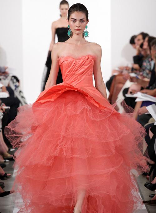 Миниатюра к статье Свадебные платья весна-лето 2014