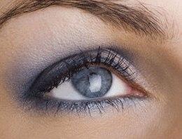 Миниатюра к статье Макияж для серо голубых глаз
