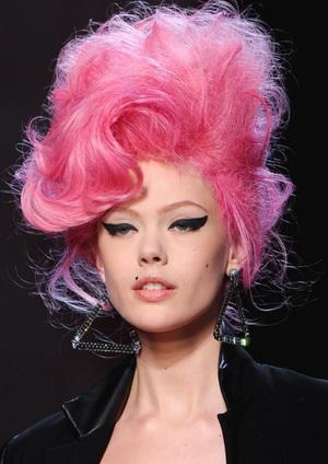 Миниатюра к статье Розовые волосы