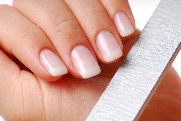 Миниатюра к статье Квадратная форма ногтей
