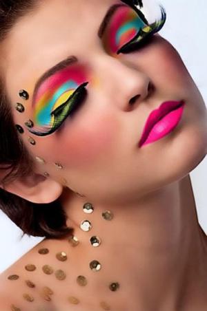 футуристический макияж к Новому году 2015