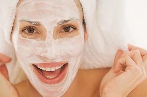 Применение сыворотки для волос и лица