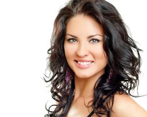 Миниатюра к статье Как подобрать модную стрижку на средние и длинные волосы