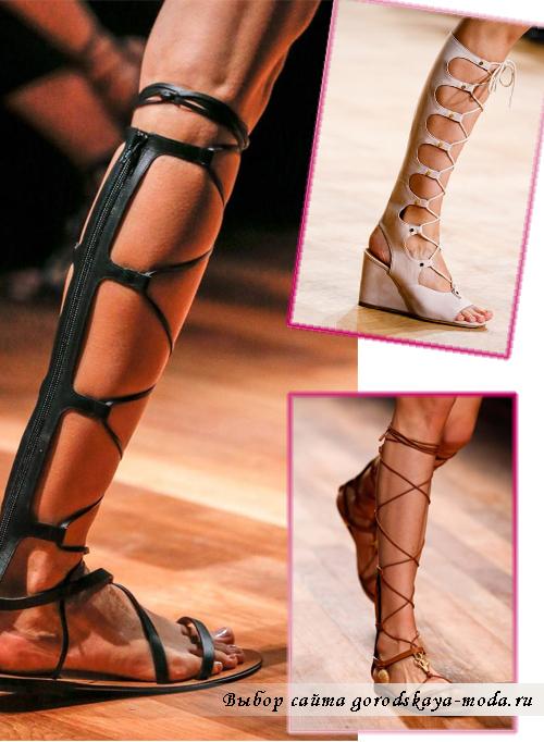Гладиаторские босоножки от Valentino и Chloe