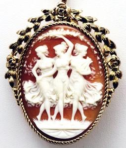 Миниатюра к статье Камея, изысканное украшение – путь от античности до наших дней